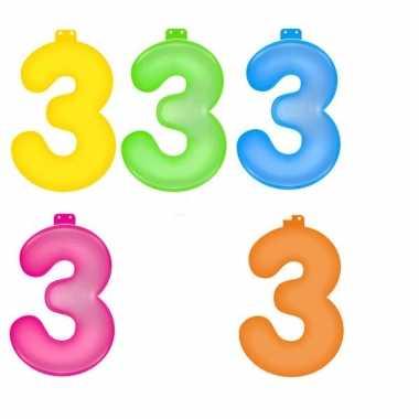 Gekleurde cijfer 3