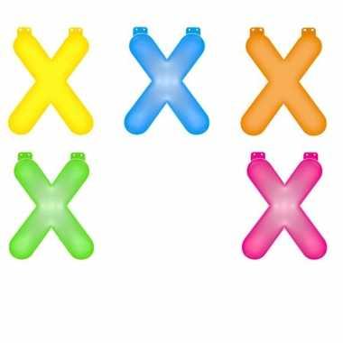 Gekleurde x opblaasletter